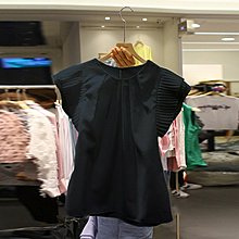 bibi 韓國連線 正韓 【 BK442 】 圓領壓摺荷葉邊袖短袖上衣 (2色)