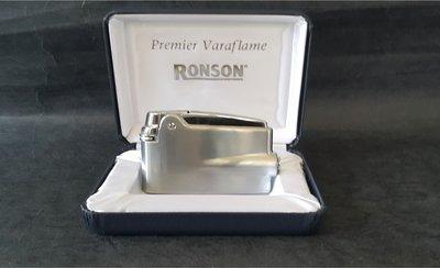 ONE*$1~美國*RONSON-Premier Varaflame 《總理紀念款》緞面鍍鉻*編號:PRV-2001