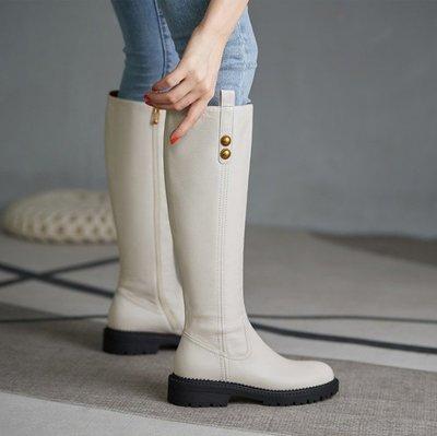 Fashion*馬丁靴~英倫風輕奢休閒平底長靴 高端真皮高筒騎士長靴/跟高3.5CM 34-40碼 黑色 米白