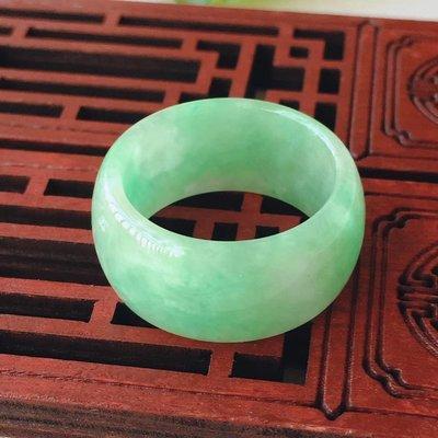 *翡翠王朝*  一元標緬甸A貨翡翠 老坑冰糯種 淺綠 戒指 顏色亮種水足 佩戴收藏佳品