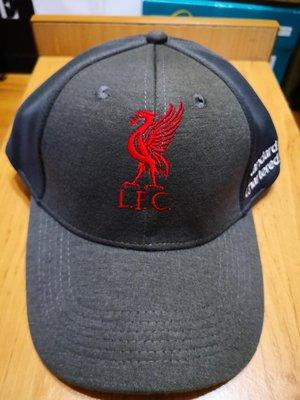 L.F.C利物浦足球俱樂部&渣打銀行聯名棒黑色,全新限量商品,含運$999元。