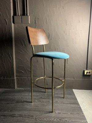 北歐造型吧椅 餐廳 咖啡廳 民宿 餐椅 設計傢俱 路易莎咖啡 連鎖店家具