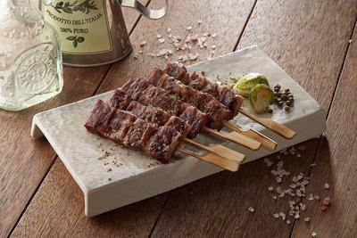 【烤肉系列】牛肉串(8串)/約280g...