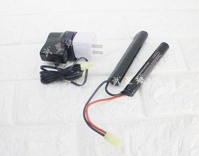 台南 武星級 9.6V 鎳氫電池 雙胞胎+ 9.6V 充電器 ( 充電電池AEG EBB電動槍AK步槍BB槍BB彈MP5