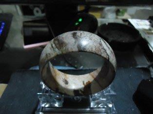 台灣花寶手鐲(無紋無裂)~難得精品(手圍18.5) 特價~5000