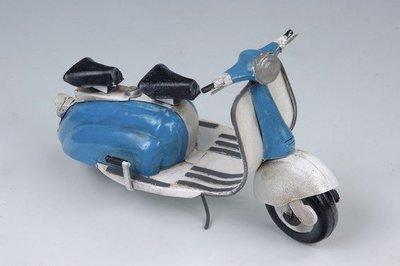 [ 尚霖模型館 ]模型古董車  { M201-1 } 古董 速可達 機車 Lambretta 1962 50c.c.