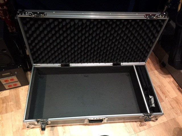 ☆ 唐尼樂器︵☆全新 Pedaltrain Pro 效果器板(含全部原廠配件)+二手飛行硬盒(外觀及狀況極佳)