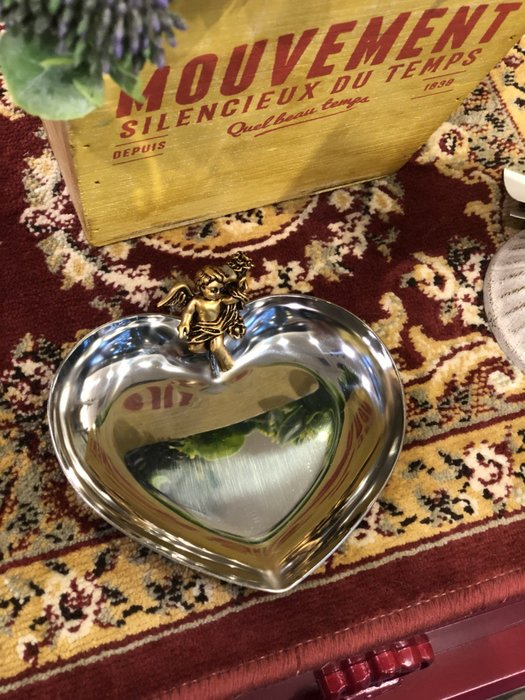 《齊洛瓦鄉村風雜貨》日本zakka雜貨 高桑金屬邱比特愛心飾品收納盤 歐式收納盤 18-8不鏽鋼愛心收納盤 飾品收納盤