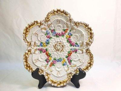 { Ruminant 慕名古物 } 19世紀德國麥森Meissen經典浮雕扇貝彩繪小花鍍金盤