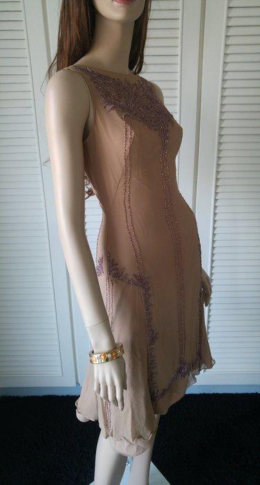 LinLi 林莉 婚紗設計師 手工訂製珠繡純絲小禮服