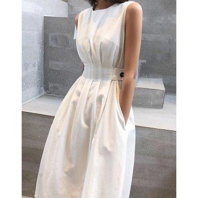 I.Season 赫本風格 - 黑白兩色無袖背心連身裙