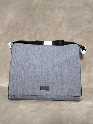 『BAN'S SHOP』Calvin Klein Chris Messenger Bag CK 郵差包  英國購回 附防塵袋  限時9折