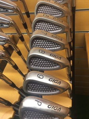 [客人寄賣] [二手專賣區] TOPFLITE GIGA GOLD FORGING 高爾夫 鐵桿組 I3-S 10支碳身