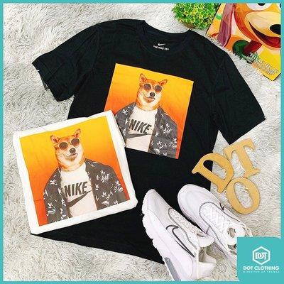 DOT 聚點 Nike NSW TEE Story Pack 12 柴犬 黑色 墨鏡狗 照片 男款 CT6313-010