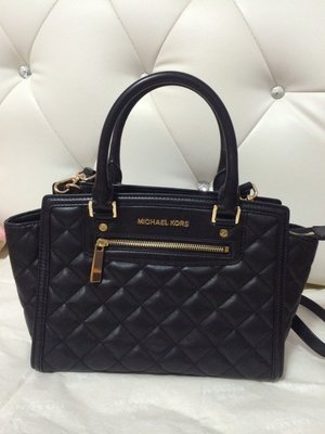 Michael Kors Selma Quilted Leather  羊皮菱格笑臉包 手提 斜背  中號