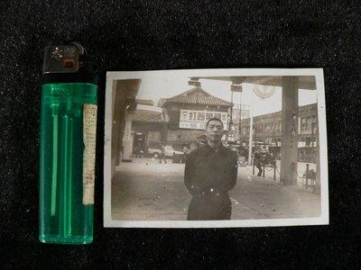 古玩軒~相片.老照片.黑白照片.早期美國蘋果西打廣告刊版.中油加油站.油槍高高掛.X旺號.BZ502