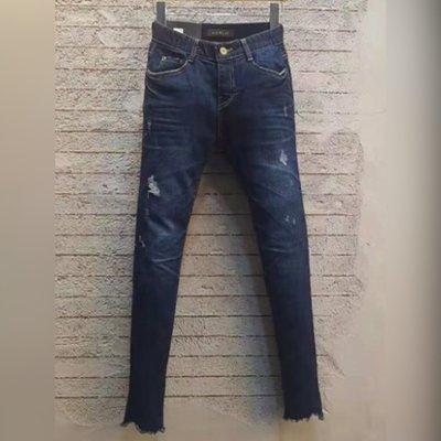 轉賣正韓 HOW LUK藍色鬆緊帶腰頭簡約微刷破造型超彈力修身牛仔褲,超瘦款原價2080