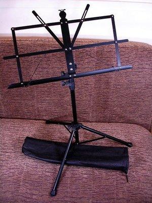 ☆ 唐尼樂器︵☆全新優質民謠吉他用/電吉他用中譜架(三節可攜式,附攜行提袋,媲美大譜架)