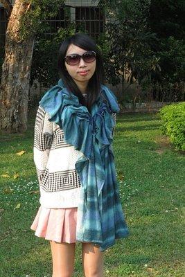 i prefer 水藍色披風 圍巾 秋冬季 出清 on sale 特價 換季