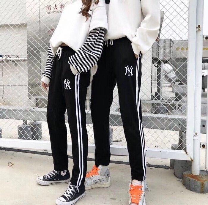 酷兒の體育 ins爆款 NY洋基隊毛圈衛褲 韓國MLB休閒運動長褲 男女同款 潮流百搭 黑白
