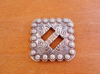 老約翰 皮雕  999純銀電鍍 38MM  飾片   古銀色 5折限量一個