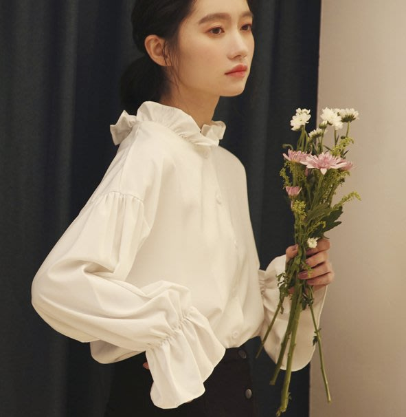 SEYES   必備日系甜美自然風韓系荷葉邊喇叭袖白色襯衫