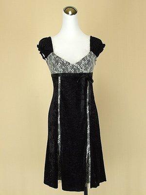 貞新 Brownie bee 日本 黑色蘿莉風羅馬領短袖蕾絲絲絨緞面洋裝F號(27607)
