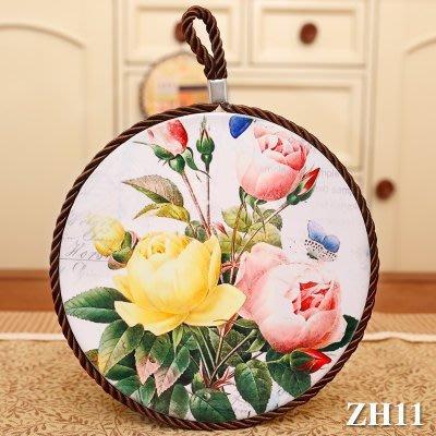粉紅玫瑰精品屋~玫瑰花季 田園陶瓷軟木防滑鍋墊  隔熱墊 掛飾--三朵花~現貨