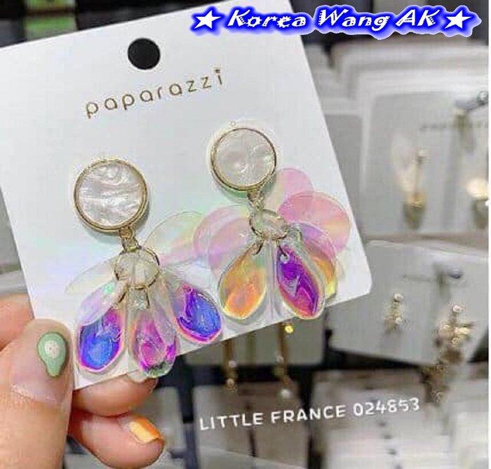 Korea Wang AK~(現貨)正韓 韓國代購 南大門 燈光折射彩色膠片防敏耳針耳環 單對290元【SF777】