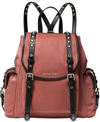 美國名牌 Michael Kors Nylon Backpack專櫃款防水尼龍後背包(中款)現貨在美特價$4680含郵