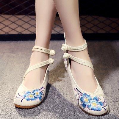 老北京繡花鞋女民族風休閒舞蹈漢服鞋散步鞋坡跟刺繡布鞋