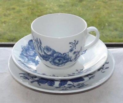 【達那莊園】Royal Worcester皇家伍斯特 Rhapsody狂想曲(藍&白) 英國製骨瓷器 茶杯盤三件組