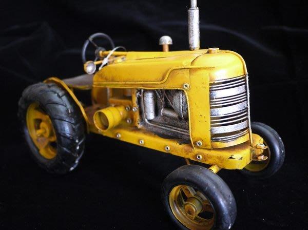【布拉格歐風傢俱】 復古鐵皮黃色牽引機 美式 收藏 擺飾 家飾 陳列展示