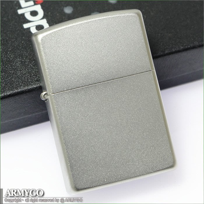 【ARMYGO】ZIPPO原廠打火機-銀色磨砂面 NO.205