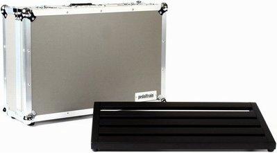 ☆ 唐尼樂器︵☆ Pedaltrain Novo 24 效果器板+飛行箱(60.9x36.8公分)(全系列進駐唐尼)
