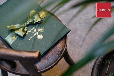 CARDIN【大全配3套組】《綠野仙蹤 燙金版》書約本 附尤加利葉綠手工蝴蝶結腰封+書約內頁《綠野仙蹤》+(白色)珍藏盒
