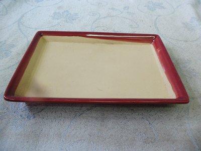 紫色小館38--------早期陶盤{紅色}長方形
