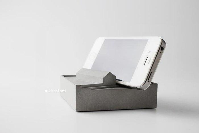 尼克卡樂斯~(缺貨中)設計造型手作水泥名片座 手機架 名片架 水泥製品 文創小物 原創製品