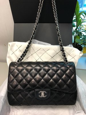 Chanel classic double Jumbo Flag 95%new (Trade in HK only)