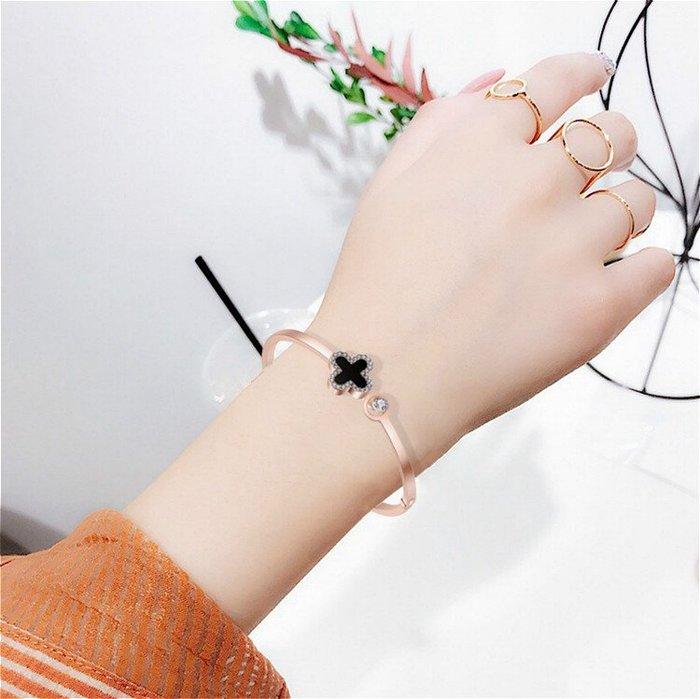 新款人氣幸福四葉草帶鑽手環手鐲