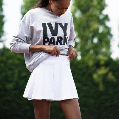 [全新]英國正品 IVY PARK 滑面運動logo壓紋褲裙 Logo Waistband Skort
