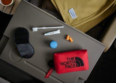 華航豪華經濟艙 The North Face 機上盥洗包
