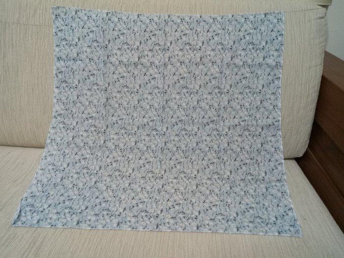 天使熊雜貨小鋪~日本帶回(小花)方巾 手帕  現貨:(小花)藍/白色2款  全新現貨