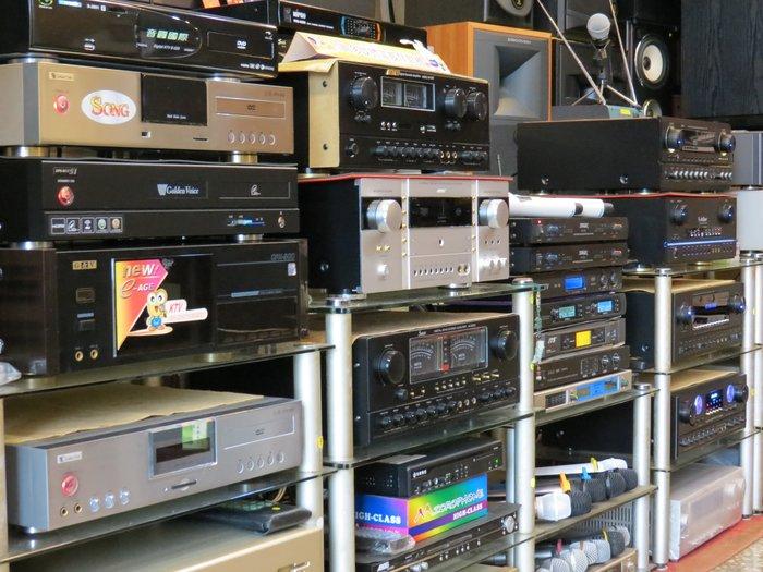 音圓 金嗓 大唐 美華 展示機 二手機 點將家 音霸 伴唱機 喇叭 麥克風限量出清數量有限機會難得售完為止動作慢就沒了!