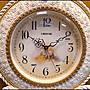 歐式立體鑲鑽蝴蝶結描金玫瑰花時鐘擺鐘 大鐘面古典圖騰白色復古裂紋圓時鐘壁鐘雕刻花紋掛鐘掛飾壁飾裝飾居家布置【歐舍家飾】