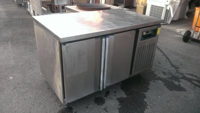 大台南冠均二手貨--304# 全冷藏 4.3尺 營業用工作台冰箱 料理台冰箱 營業用冷藏冰箱 液晶面板220V*餐飲設備