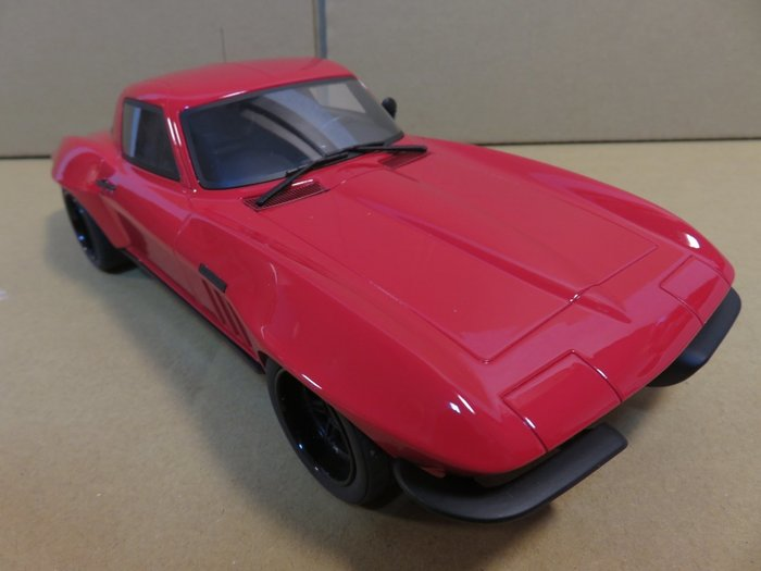 =Mr. MONK= GT SPIRIT Chevrolet Corvette C2 Optima Ultima