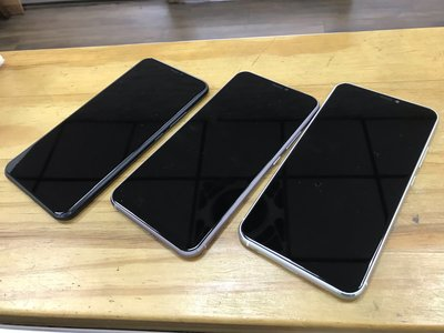 新竹 老師傅 手機維修 華碩 ZenFone5 ZE620KL 螢幕 黑屏 破裂 液晶 不顯 現場更換 原廠帶框