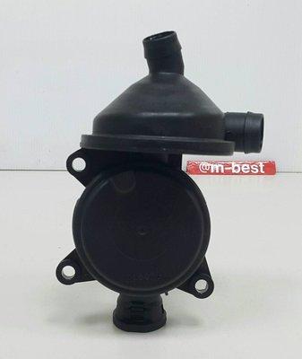 E46 E90 E91 N42 N46 B2.0 圓型3孔 油氣分離器 PVC閥門 進氣岐管活門 11617503520