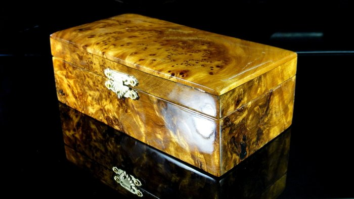 [福田工藝]台灣肖楠閃花釘仔瘤*飾品盒珠寶盒印章盒雜物盒*聞香把玩/裝飾擺飾[飾品盒1]
